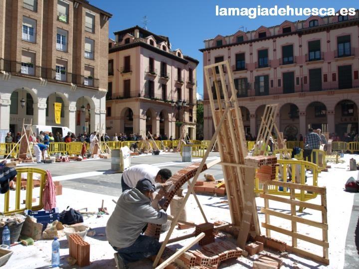 Concurso Albañileria. Plaza Lopez Allué.