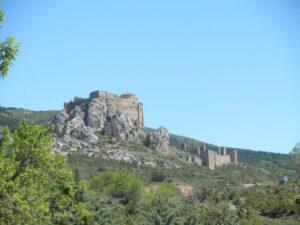Del Castillo de Loarre a la ermita de Aniés