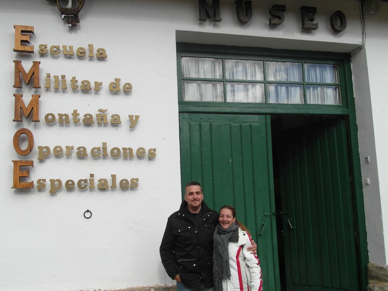 Entrada al museo en Jaca