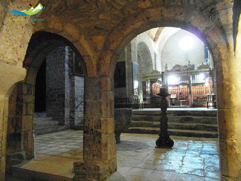 Catedral de Roda de Isábena desde la Cripta