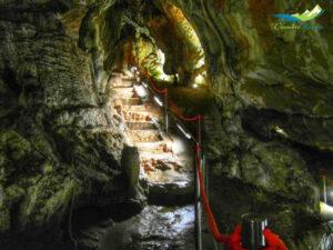 Cuevas de las Güixas en Villanúa