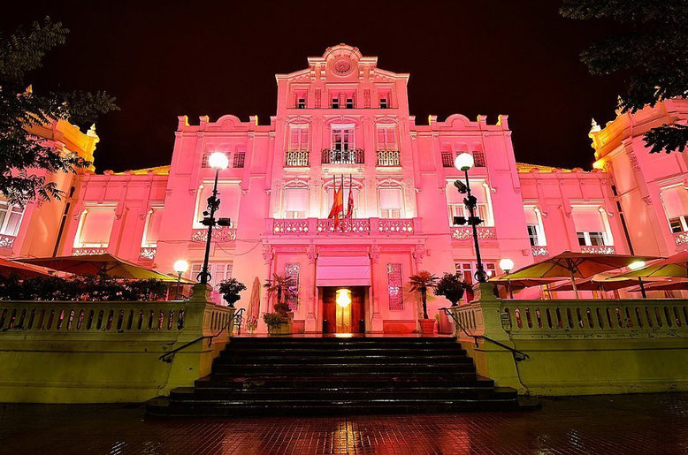 Fachada Casino de Huesca. Foto gracias a Pedro Montaner