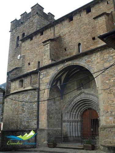 Iglesia de San Pedro, Broto.