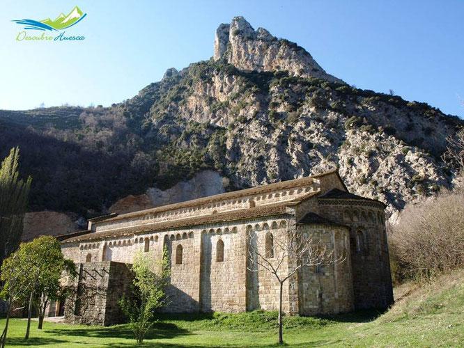 Iglesia de Santa María de Obarra