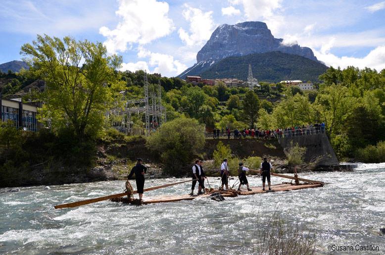 Nabateros del Sobrarbe en el río Cinca.